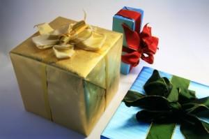 drei_Geschenkpaeckchen